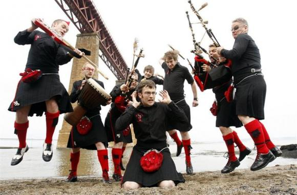 The Red Hot Chilli Pipers at Byham Theater